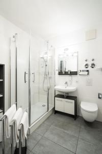 Ein Badezimmer in der Unterkunft Hotel Alt-Weimar