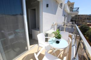 A balcony or terrace at Hotel Mare