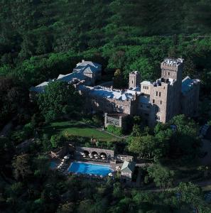 A bird's-eye view of Castle Hotel & Spa