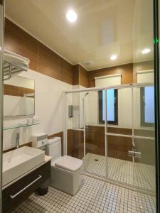 A bathroom at 澎湖夏日南風民宿