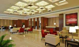 A restaurant or other place to eat at Park Plaza Chandigarh Zirakpur