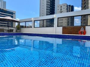 A piscina localizada em Kastel Manibu Recife - Boa Viagem ou nos arredores