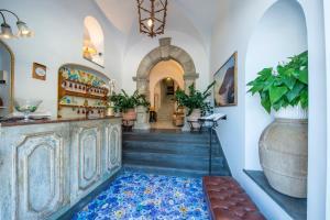 The lobby or reception area at Hotel Casa Albertina