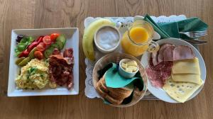 Breakfast options available to guests at Villa Vanilla