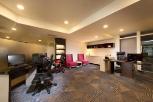 彰化福泰商務飯店的商務中心和/或會議室