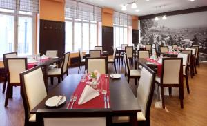 A restaurant or other place to eat at Clarion Hotel Prague Old Town