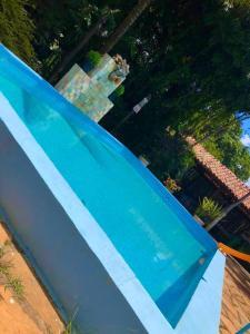 Vista de la piscina de Chacara bica dágua o alrededores
