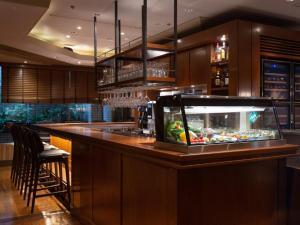 El salón o zona de bar de Shibuya Tokyu REI Hotel