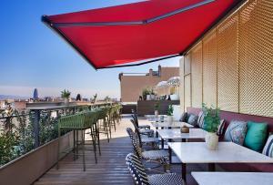 Un restaurante o sitio para comer en Vincci Gala