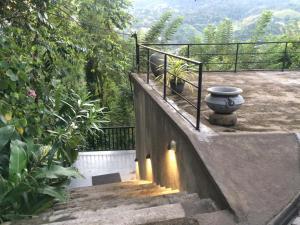 Ein Balkon oder eine Terrasse in der Unterkunft Selyna Sky Terrace
