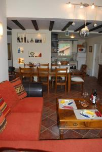 A restaurant or other place to eat at Villa Beli Iskar