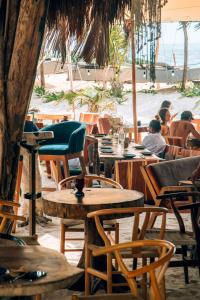 A restaurant or other place to eat at Ikal Tulum Hotel