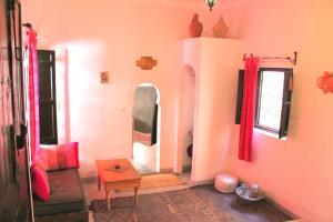 Coin salon dans l'établissement Dar Choumissa