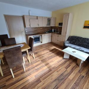 Küche/Küchenzeile in der Unterkunft Ferienwohnung am Spitzberg