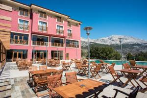 A restaurant or other place to eat at Sagalassos Lodge & Spa Hotel