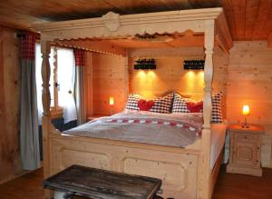 A bed or beds in a room at B&B Rosaly