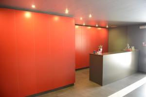El vestíbulo o zona de recepción de Archybal Apartamentos Turísticos y Suites