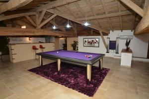 A pool table at Domaine de la Garde