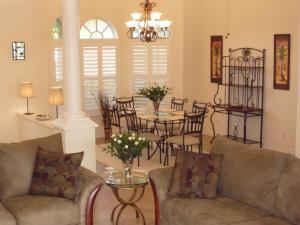 Lounge oder Bar in der Unterkunft Villa Cape Florida