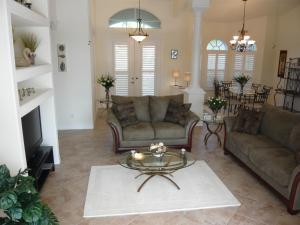 Ein Sitzbereich in der Unterkunft Villa Cape Florida