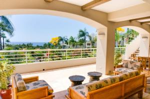 A balcony or terrace at Palms at Wailea Maui by Outrigger