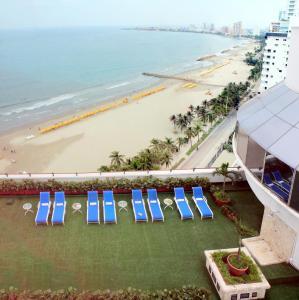 Vista de la piscina de Hotel Almirante Cartagena Colombia o alrededores