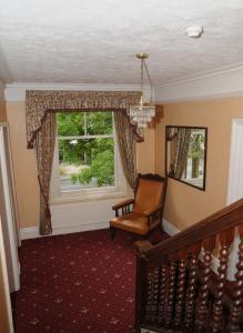 A seating area at Wimblehurst Hotel