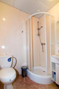 Ванная комната в Лион Отель