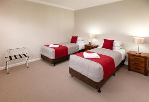 A bed or beds in a room at Hamilton on Everton