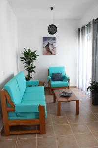 A seating area at Casa Da Baía