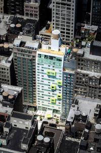 A bird's-eye view of SpringHill Suites by Marriott New York Midtown Manhattan/Fifth Avenue