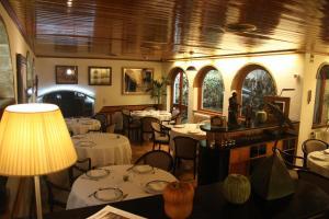 Ресторан / где поесть в Fonda Sala