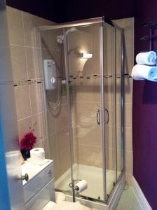 A bathroom at Yacht Bay View