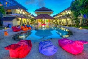 The swimming pool at or close to Troppo Zone Puri Rama Resort Kuta