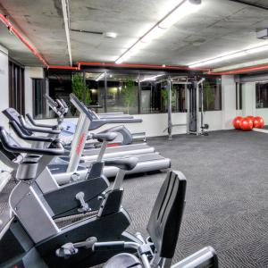 The fitness center and/or fitness facilities at Mantra St Kilda Road