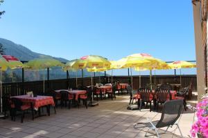 Ein Restaurant oder anderes Speiselokal in der Unterkunft Alpengasthof Waldrast - Koralpe