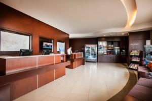 The lobby or reception area at Courtyard by Marriott San Jose Airport Alajuela