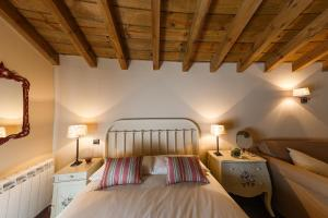 Cama o camas de una habitación en Casa Rural La Galana