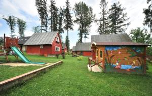 Aire de jeux pour enfants de l'établissement APLEND Chatky Tatry Holiday
