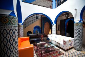 The lobby or reception area at Riad Assilah Chaouen