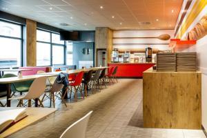 Ресторан / где поесть в ibis Stuttgart Centrum