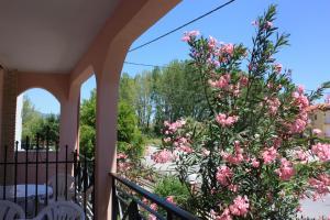 Un balcon sau o terasă la Sunray Studios