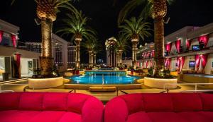 Het zwembad bij of vlak bij The Cromwell Hotel & Casino