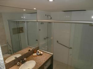 A bathroom at Suite Superior KP 317 - Setor Hoteleiro Norte