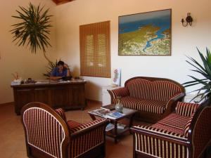 The lobby or reception area at Villas Oleandri