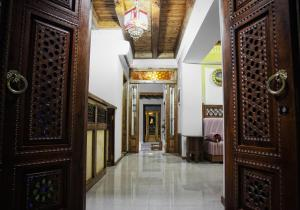 The lobby or reception area at Kukaldosh Boutique Hotel