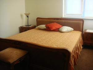 Un pat sau paturi într-o cameră la Vila Bella Vista