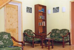 Гостиная зона в PichuginHall Hostel