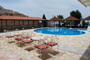 The swimming pool at or near Hotel Panorama Sarande