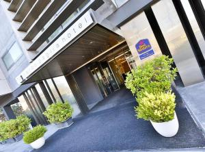 The facade or entrance of Best Western Parco Paglia Hotel